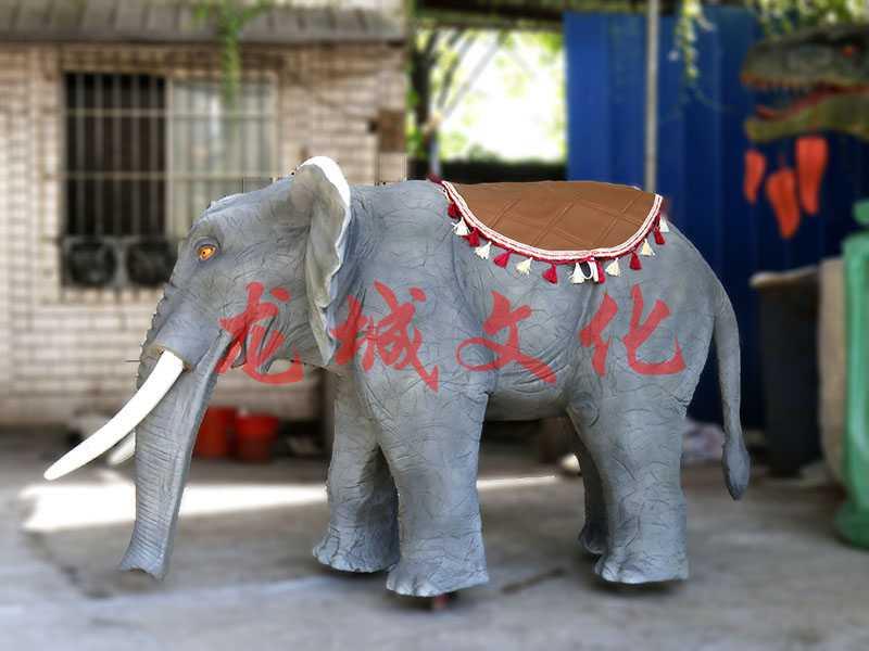 伟易博线上动物——行走大象